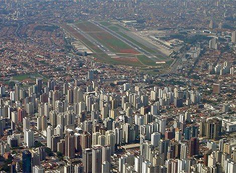巴西圣保罗孔戈尼亚斯机场