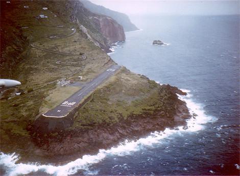 荷属安地列斯群岛沙巴岛胡安彻·亚拉斯奎恩机场