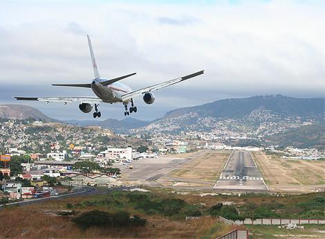 洪都拉斯特古西加尔巴通孔廷国际机场